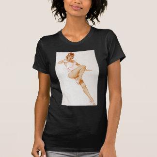 Colorante original 13 del chica modelo del vintage camisetas