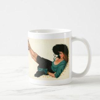 Colorante original 15 del chica modelo del vintage taza de café