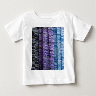 colored cloth t shirt