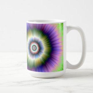 Coloree la taza teñido anudada de la explosión
