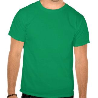 Colores abstractos verdes nebulosos de la niebla camiseta