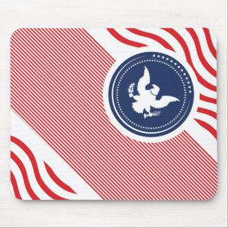 Colores americanos patrióticos con Eagle Alfombrillas De Ratón