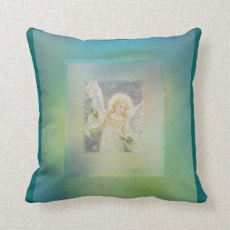 Colores azulverdes frescos del ángel de guarda almohada