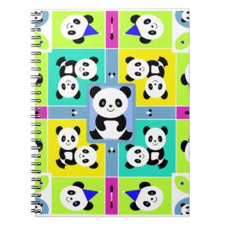 Colores brillantes adorables de los osos de panda libreta espiral