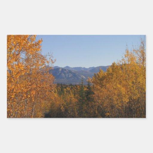 Colores de la caída en las montañas; Ningún texto Rectangular Altavoces