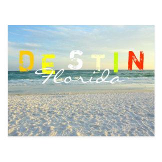 Colores de la diversión de la playa de D E S T I N Postal