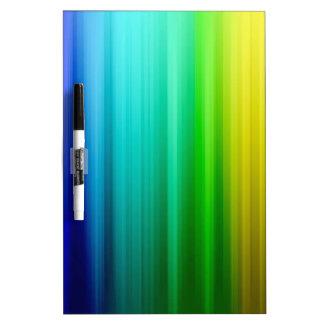 colores de la gama completa del chakra por amor cu tablero blanco