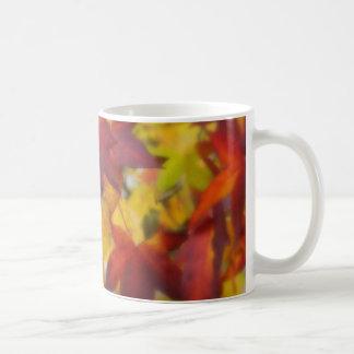 Colores de la taza de la caída