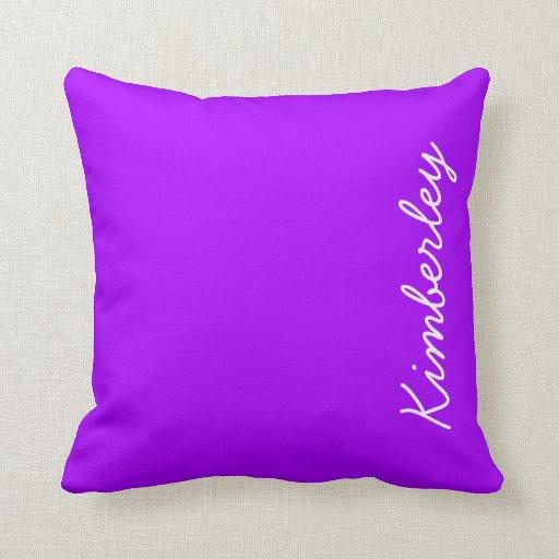 Colores de moda de la moda del monograma de neón p almohada