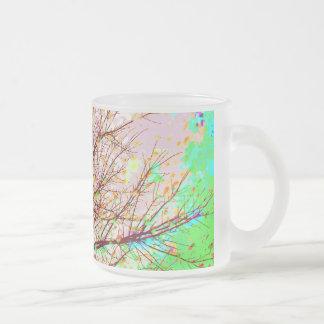 Colores del arte expresivo de las ramas de árbol taza de cristal