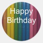 colores del feliz cumpleaños etiqueta redonda
