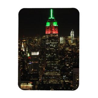 Colores del navidad del Empire State Building en Iman