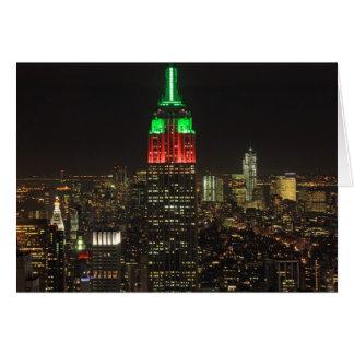 Colores del navidad del Empire State Building en l Felicitación