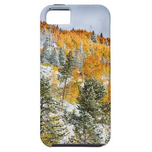 Colores del otoño Nevado de la montaña rocosa de C iPhone 5 Case-Mate Cárcasas