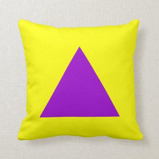 Colores del triángulo - púrpura y amarillo cojín