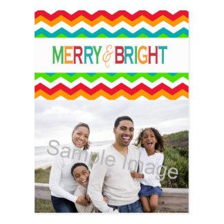 Colores intrépidos felices y brillantes del día de tarjetas postales