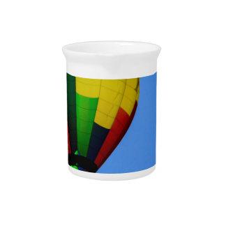 Colores primarios jarras para bebida