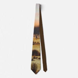 colores rústicos del arbolado y rojos del arte de corbata