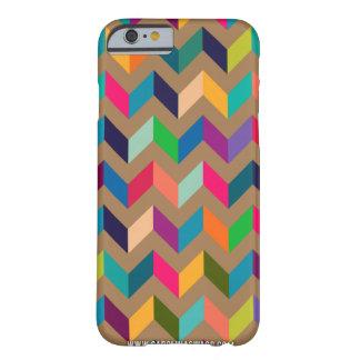 Colores salvajes del zigzag de Chevron de color Funda De iPhone 6 Slim