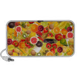 Colorful background of fruits and vegetables laptop altavoz