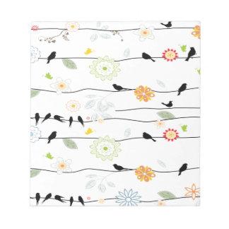 Colorful_birds en un alambre bloc de notas