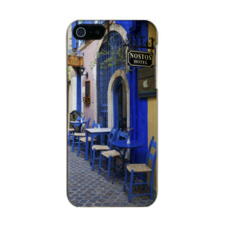 Colorful Blue doorway and siding to old hotel in Metallic Phone Case For iPhone SE/5/5s