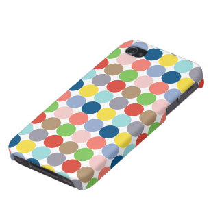 Colorful circles of color in pastel case for iPhone 4