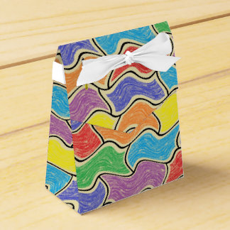 Colorful Fluctuations Favor Box