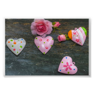 colorful hearts print