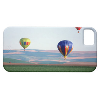 Colorful hot air balloons float over wheat iPhone SE/5/5s case