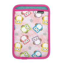 Colorful Owl pattern on a Pink Background iPad Mini Sleeve