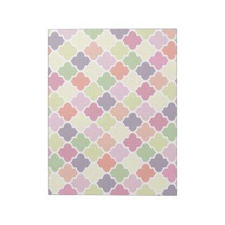 Colorful quatrefoil pattern notepad