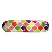 Colorful quatrefoil pattern skateboard