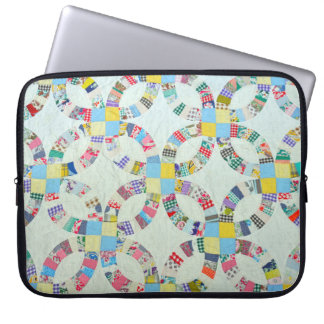 Colorful quilt pattern laptop sleeve