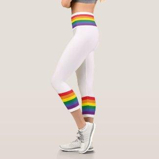 Colorful Rainbow Striped Pattern Capri Leggings