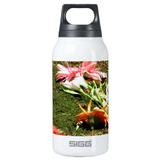 Colorful scenery of forgotten flowers thermos bottle