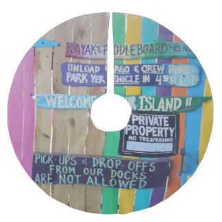 Colorful welcome island sign brushed polyester tree skirt