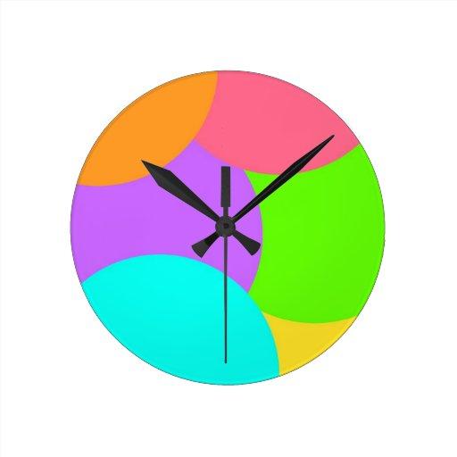 Colorido Reloj Redondo Mediano