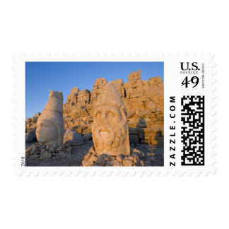 Colossal head statues of Gods guarding the Stamps