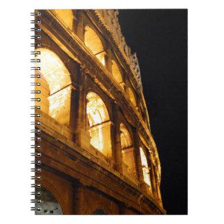 Colosseum en la noche libreta