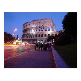 Colosseum en la noche tarjeta postal
