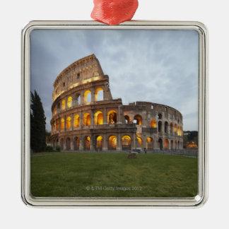 Colosseum en Roma, Italia Adorno Cuadrado Plateado