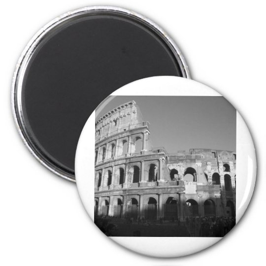 Colossium black and white magnet