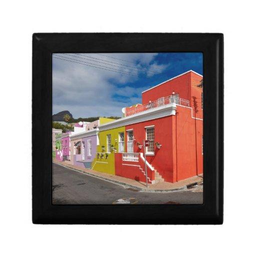 Colourful Buildings en Bo-Kaap, Cape Town Cajas De Regalo