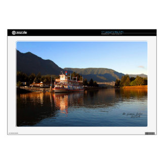 """Columbia Gorge Stern Wheeler and Bridge of the God Decals For 17"""" Laptops"""