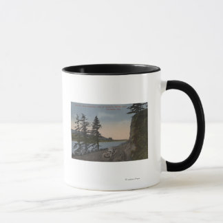 Columbia River, Oregon - Highway West of Oneonta Mug