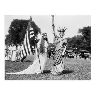 Columbia y señora Liberty, 1919 Tarjetas Postales