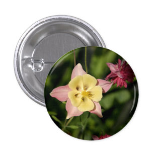 Columbine with Star Shaped Leaves Button