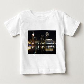 Columbus Skyline with the Moon Shirt
