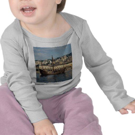 "Columbus"", St Mary Caravel en el puerto de Génova, Camisetas"